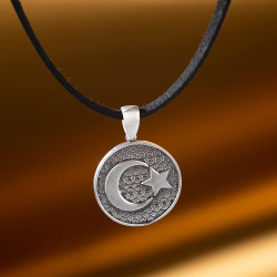 Ay Yıldız Motifli Gümüş Erkek Kolye - Thumbnail