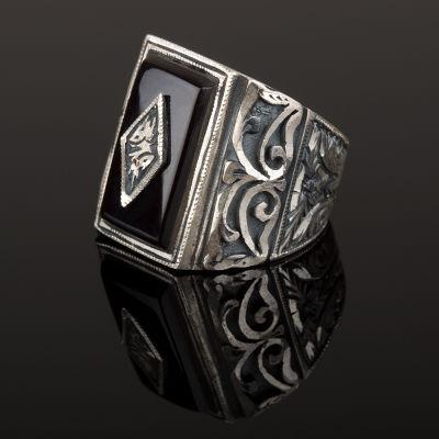 Erzurum El İşçiliği Gümüş Siyah Taşlı Yüzük