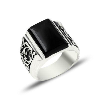 Erzurum El İşçiliği Siyah Taşlı Gümüş Yüzük
