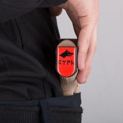 Göktürkçe Türk ve Kurtlu Şarjör Stickerı