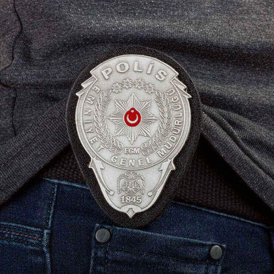 Gümüş Renk Polis Kemer Rozeti