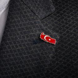 Gümüş Türkiye Haritalı Yaka Rozeti - Thumbnail