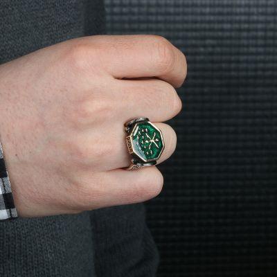 Köşeli Kesim Gümüş Mineli Çerkes Yüzüğü