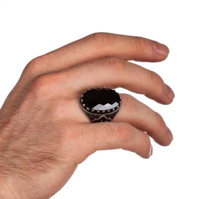 Yanları Elif-Vav Figürlü Siyah Zirkon Taşlı Gümüş Erkek Yüzük