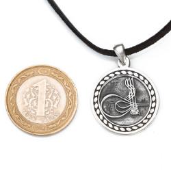 Yuvarlak Osmanlı Tuğralı Gümüş Erkek Kolye - Thumbnail